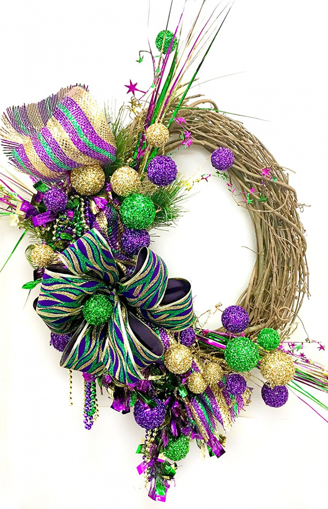 image001-675x1047 Fat Tuesday is Coming! 11 Classy Mardis Gras Wreaths for Your Front Door