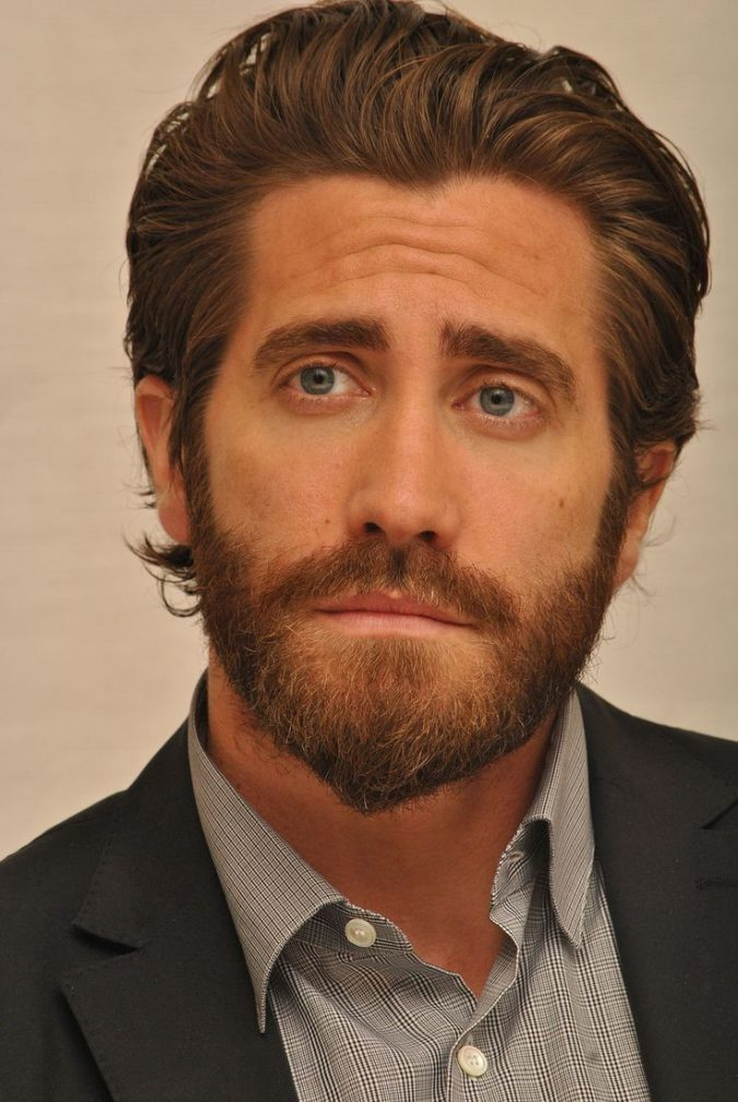 jake-gyllenhaal-brown-beard-675x1008 Top 10 Most popular Beard Colors Trending in 2018