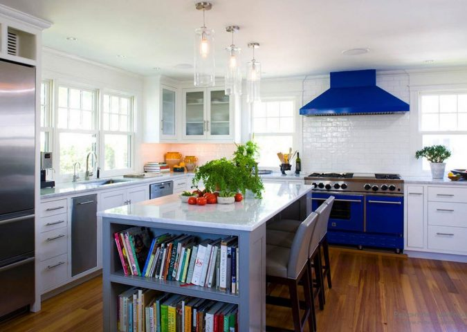 kitchen-with-Colorful-appliances-675x480 11 Tips on Mixing Antique and Modern Décor Styles
