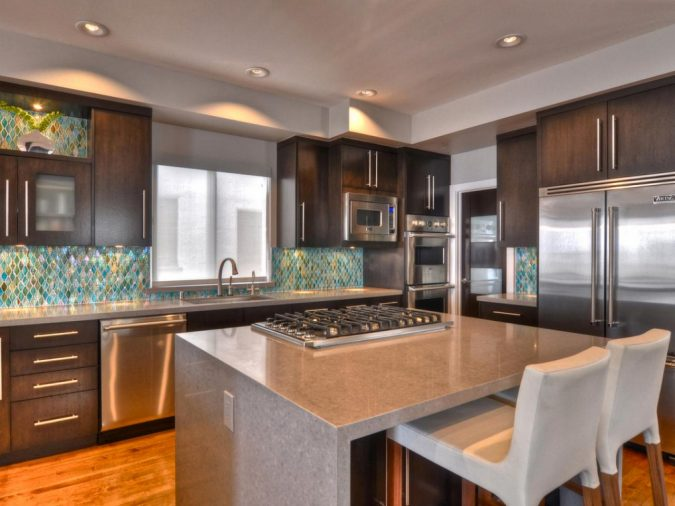 kitchen-with-Quartz-countertop-675x506 Top 10 Hottest Kitchen Design Trends in 2020
