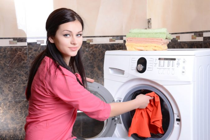 laundry-stain-removing-675x450 Top 10 Tricks to Remove Makeup Stains from Clothes Easily