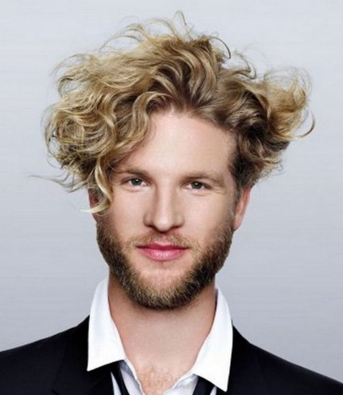 long-curly-hairstyle-for-blonde-men-2-675x778 Top 10 Hairstyles for Guys with Blonde Hair [2020 Trends]