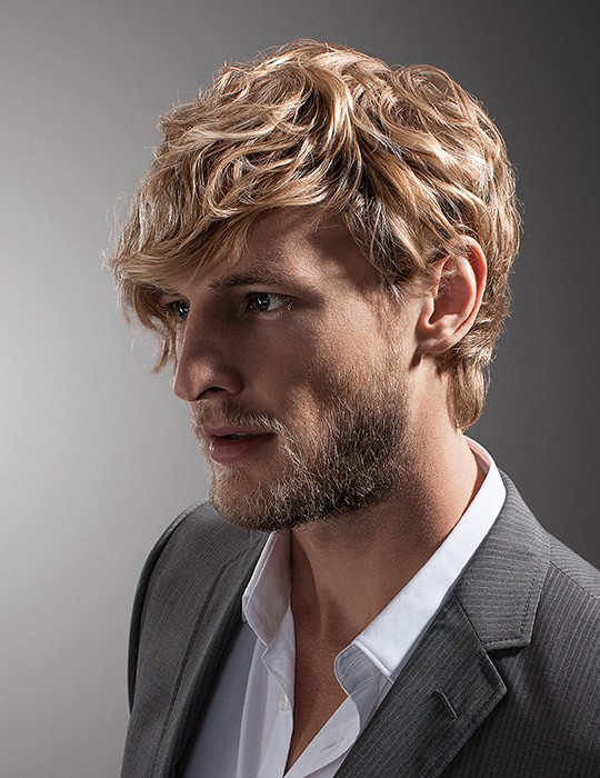 messy-layered-hairstyle-for-blonde-men Top 10 Hairstyles for Guys with Blonde Hair [2020 Trends]