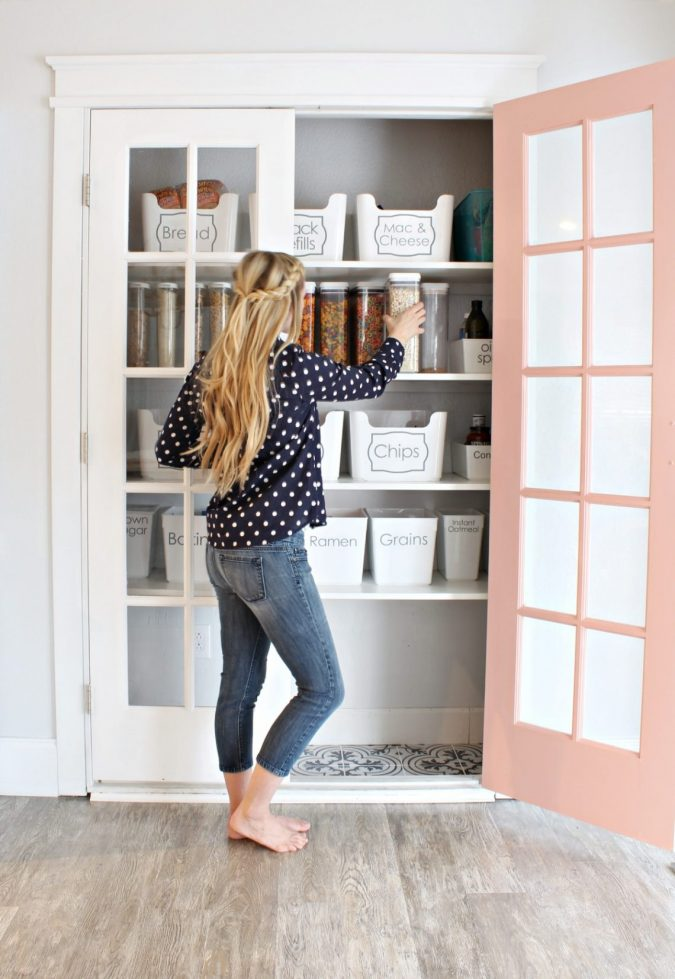 organizing-home-675x979 12 Fashion Trends of Summer 2019 and How to Style Them