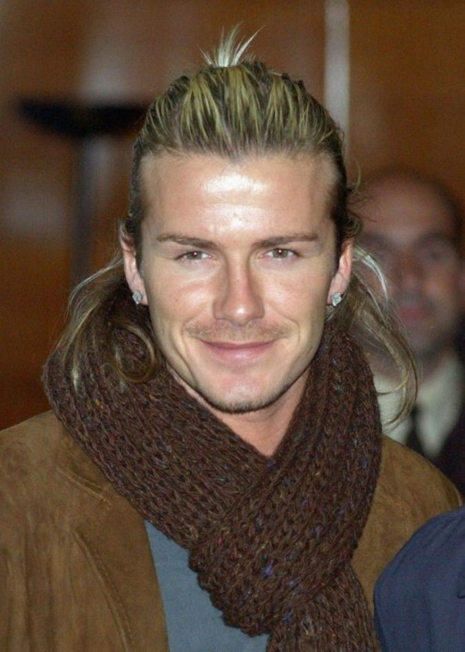 ponytail-hairstyle-for-blonde-men-2-675x946 Top 10 Hairstyles for Guys with Blonde Hair [2020 Trends]