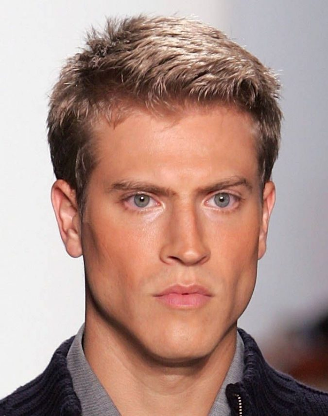 side-hairdo-blonde-hairstyles-for-men-675x854 Top 10 Hairstyles for Guys with Blonde Hair [2020 Trends]