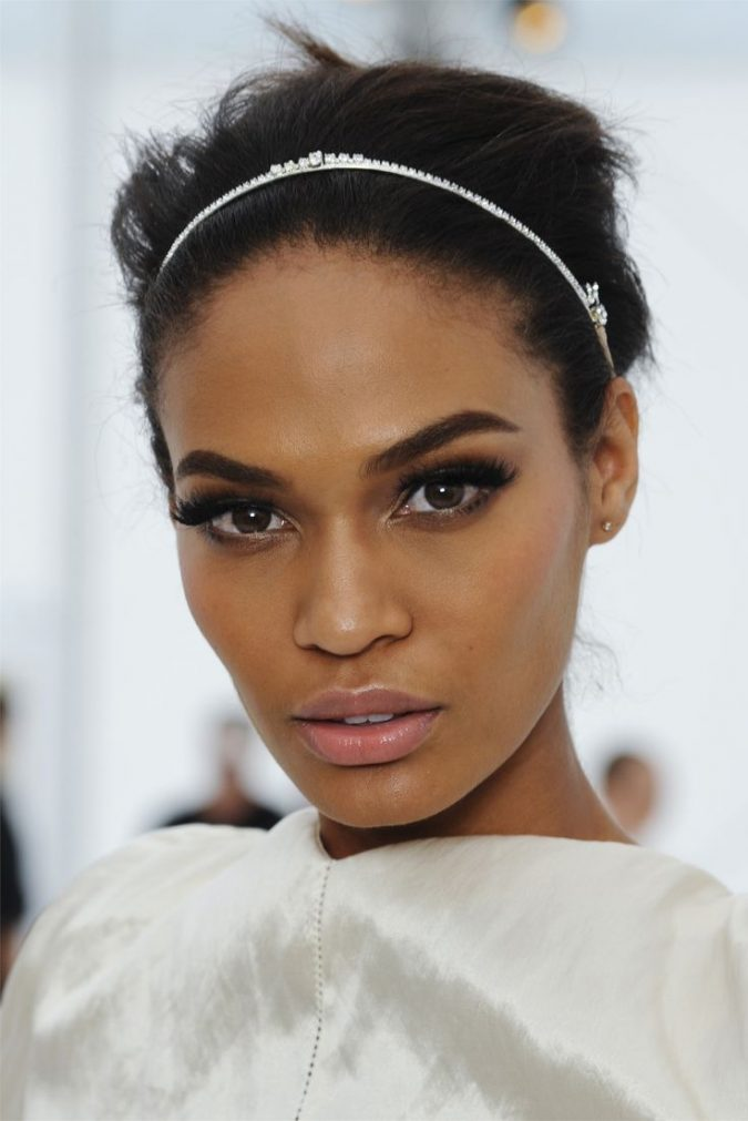 summer-wedding-makeup-strong-brows-675x1011 Three Accessories That Brides Shouldn't Skip