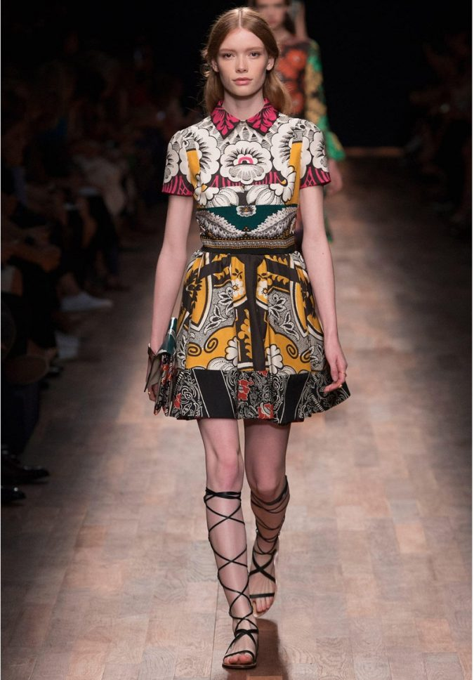 valentino-yellow-patchwork-fit-and-flare-silk-shirt-dress-675x968 12 Outdated Fashion Trends Coming Back in 2021