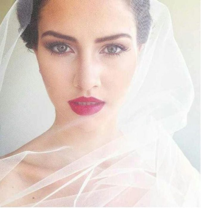 wedding-makeup-red-lip-675x699 Top 10 Wedding Makeup Ideas for 2018 Brides
