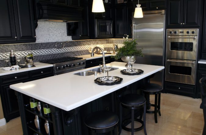 white-quartz-kitchen-countertops-675x445 11 Tips on Mixing Antique and Modern Décor Styles