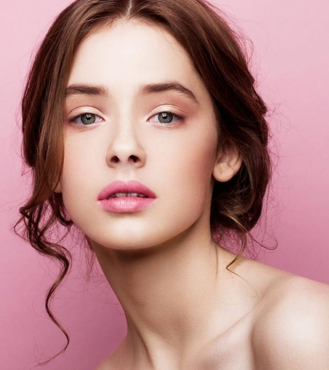 woman-smooth-lips-2-675x759 7 Tricks to Keep Your Lipstick Last Longer