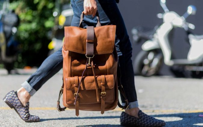 women-stylish-travel-backpack-675x422 12 Outdated Fashion Trends Coming Back in 2021