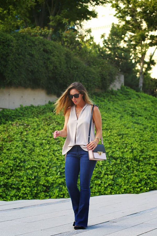 Bootcut-Jeans-outfit 8 Tips to Choose the Best Jeans for Your Body Shape