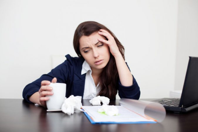 dry-air-woman-flu-2-675x450 Top 10 Unexpected Problems of Dry Air and How to Avoid