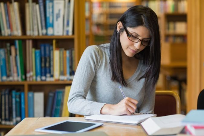 essay-writing-2-675x450 5 Tips to Write an Essay Introduction: Timely Assignment Help