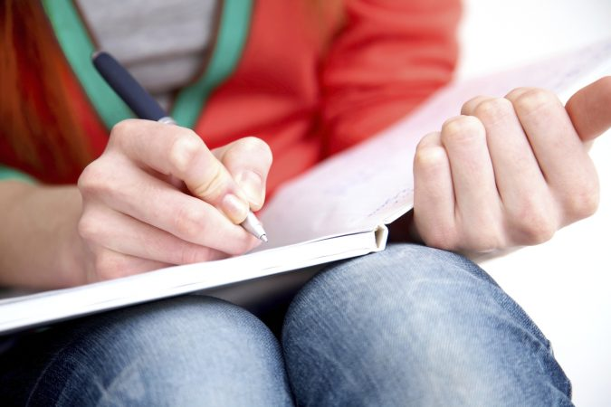 essay-writing-675x450 5 Tips to Write an Essay Introduction: Timely Assignment Help