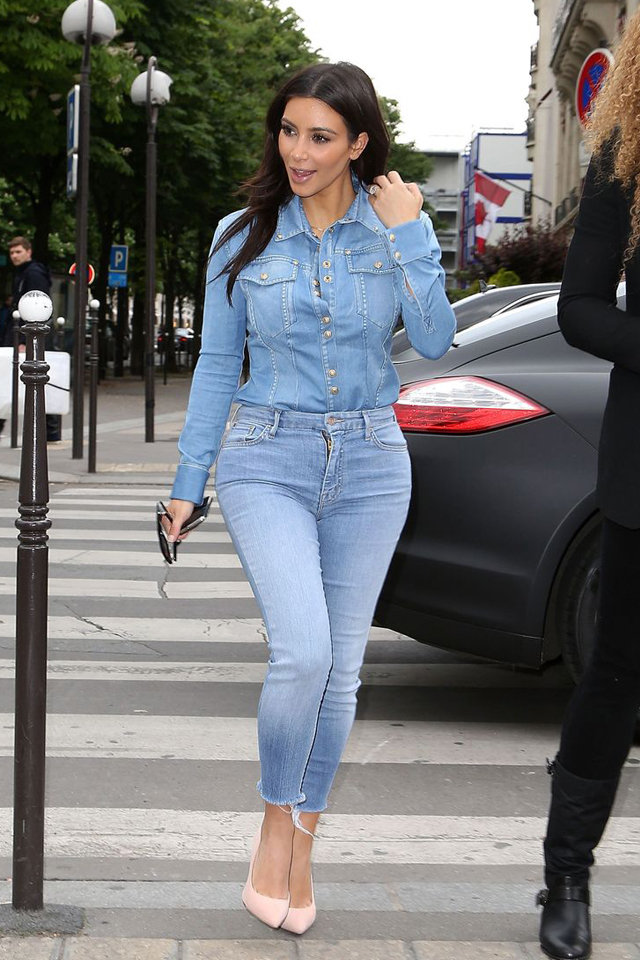 jeans-outfit-kim-kardashian 8 Tips to Choose the Best Jeans for Your Body Shape