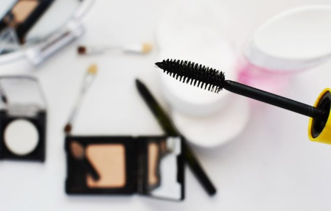 mascara-makeup-675x431 10 Tips to Hide Acne with Makeup