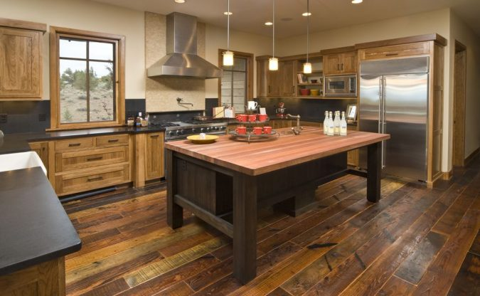 reclaimed-hardwood-675x416 Top 10 Innovative Flooring For Your New House