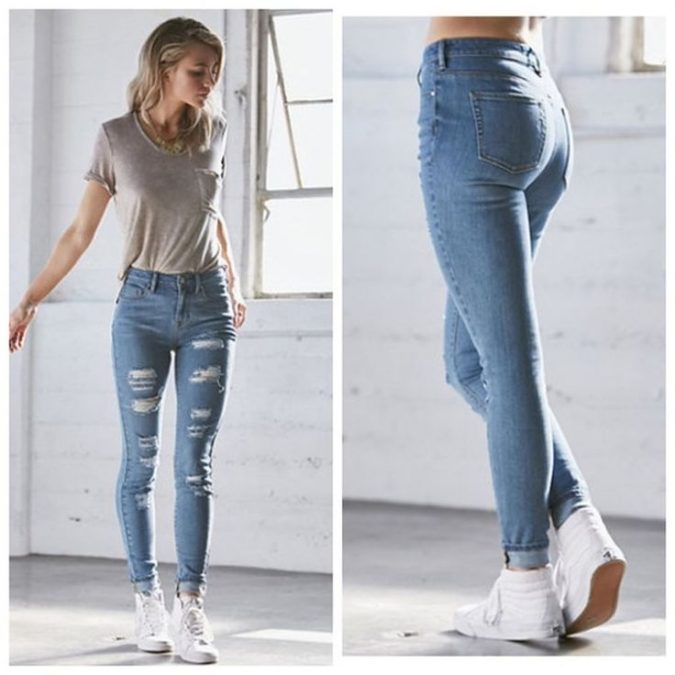 stretchy-high-waist-jeans-outfit-2-1-675x675 8 Tips to Choose the Best Jeans for Your Body Shape
