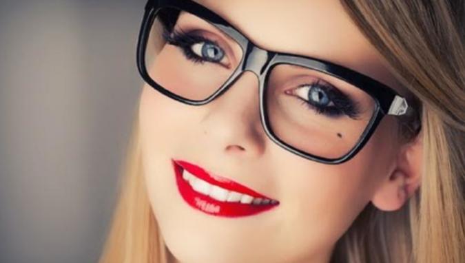 woman-makeup-675x382 10 Tips to Apply Mascara Like a Professional