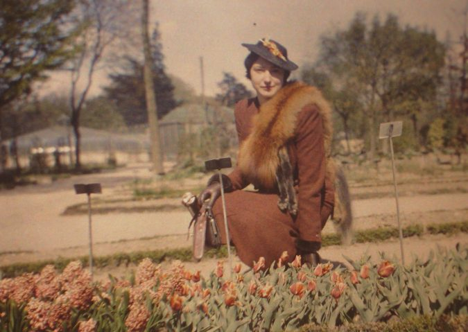 vp_autochrome_dame_au_renard_01-675x479 Best 7 Technological Inventions Changed Digital Photography