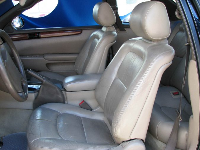 fix-car-Lexus_93_SC400-Seats-675x506 What Car Issues You Can Fix with AutoZone Tool Rental