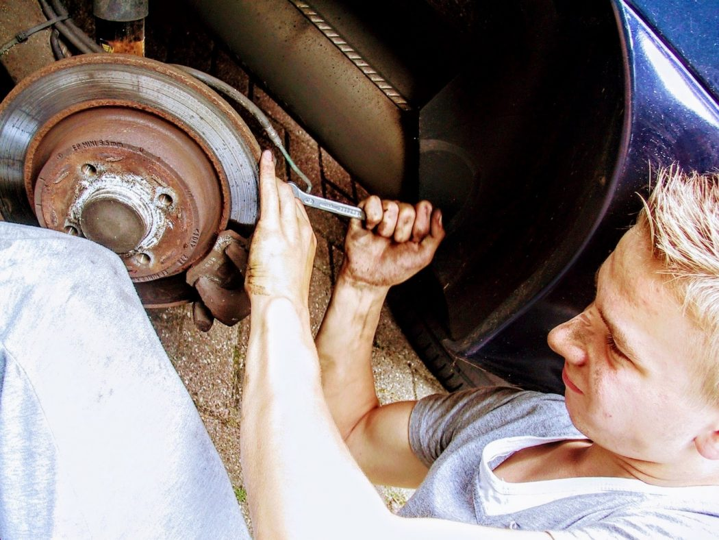 What car issues you can fix with autozone tool rental