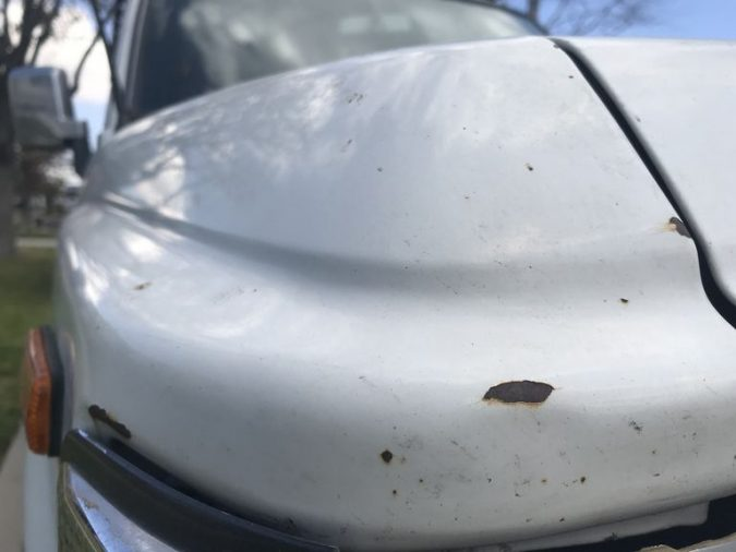 Fixing Car Chipped Auto Paint 675x506 What Issues You Can