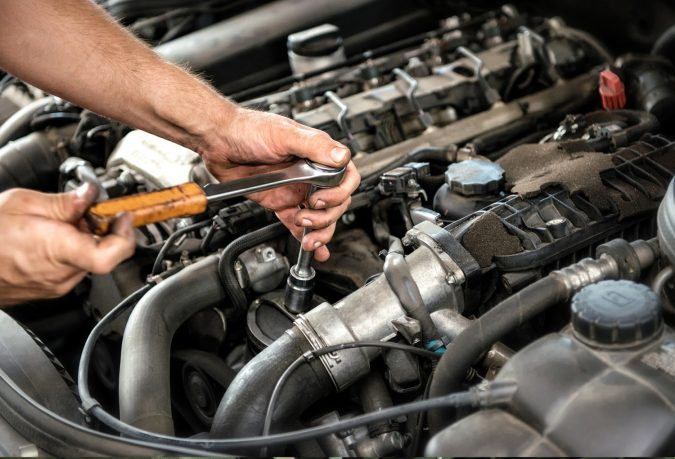 fixing-car-Safety-Precautions-675x459 What Car Issues You Can Fix with AutoZone Tool Rental
