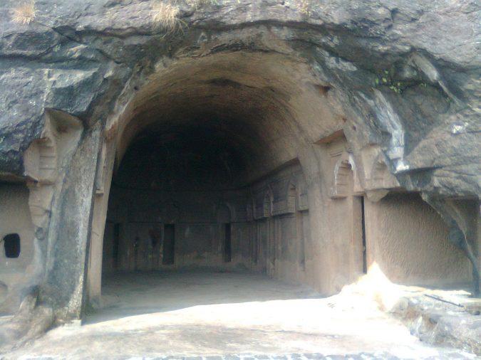 Bedse-caves-Lonavala-2-675x506 10 Charming Sites to Visit in Lonavala, India