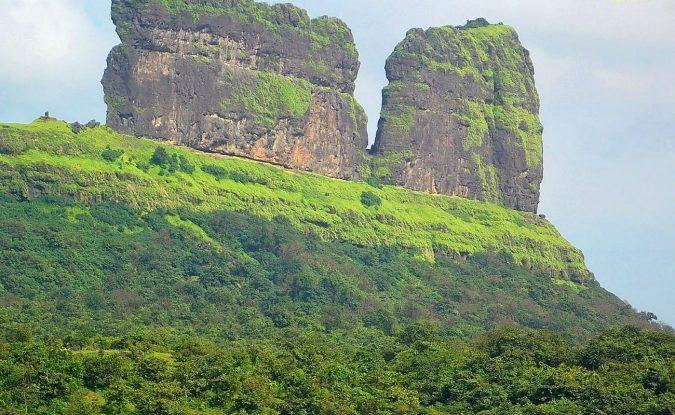 Ghangad-Fort-Lonavala-1-675x415 10 Charming Sites to Visit in Lonavala, India