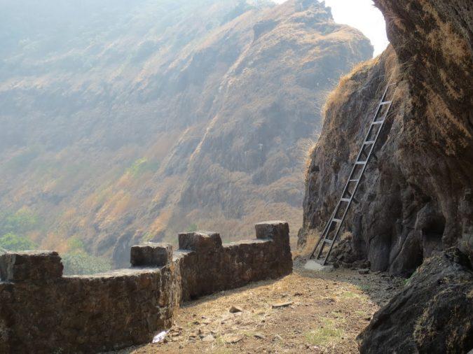 Ghangad-Fort-Lonavala-675x506 10 Charming Sites to Visit in Lonavala, India