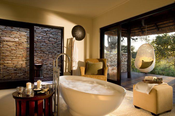 Open-air-bathrooms-675x450 7 Most Inspiring Bathroom Design Ideas for Your Next Renovation