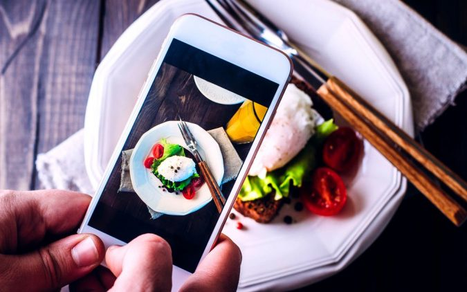 foodw-675x422 4 Tips for Finding a Good Restaurant While Traveling