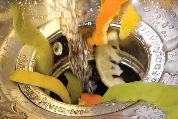 garbage-disposal-6-675x452 10 Tips to Buy Best Garbage Disposals for Different Waste Types