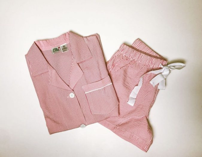 Pajama-Gift-corporate-gifts-675x525 10 Main Steps to Become a Fashion Journalist and Start Your Business