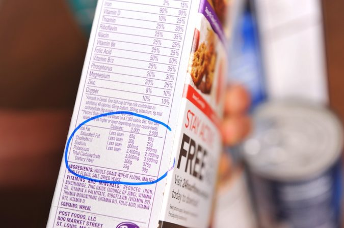 Read-Nutrition-Facts-on-Food-Labels-675x449 10 Things to Consider Before Buying Food for Your Family