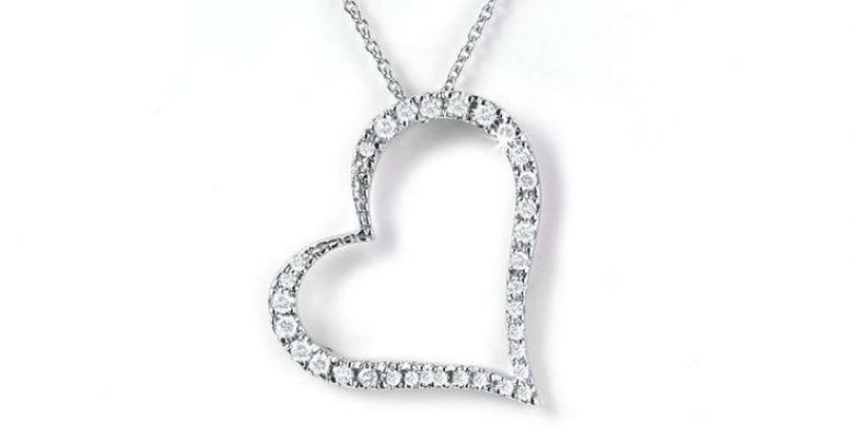 Photo of The 13 Most Stylish White Gold Necklaces For Women and Choice TIPS