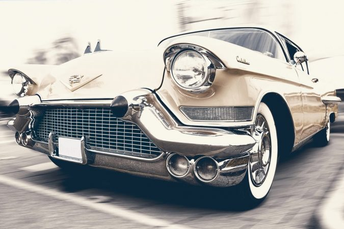 auto-car-cadillac-oldtimer-675x450 Special Occasions to Rent a Luxury Car