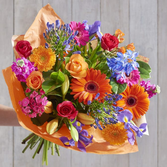 flower-bouquet-675x675 Best Gift Combos with Beautiful Flowers for Various Celebrations