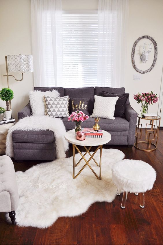 home-decoration-living-room-2 10 Awesome Decor Ideas to Borrow from Pinterest Influencers