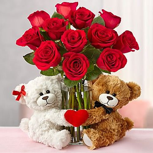 roses-and-teddy-bear-gift Best Gift Combos with Beautiful Flowers for Various Celebrations