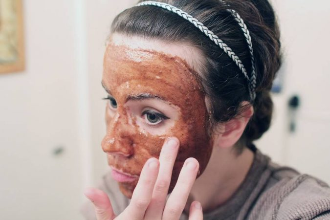 Cinnamon-and-honey-face-mask-675x450 Top 10 Fastest Getting-Rid of Blackheads Ways