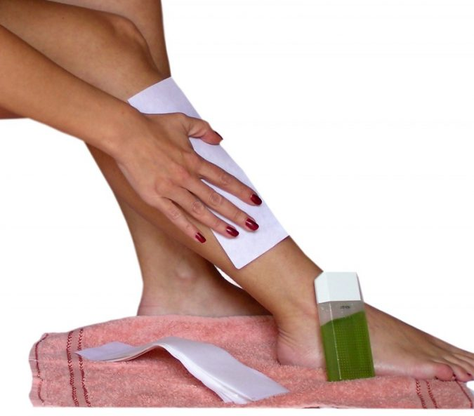 Home-Waxing-675x593 10 Effective Tips for Comfortable Body Waxing