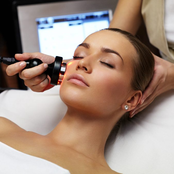 Laser-Treatment-for-Wrinkles-1-675x675 10 Tips to Get Rid of Under Eye Lines and Wrinkles