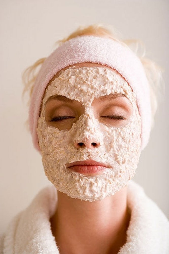 Oatmeal-and-Yogurt-mask-for-blackhead-removal Top 10 Fastest Getting-Rid of Blackheads Ways