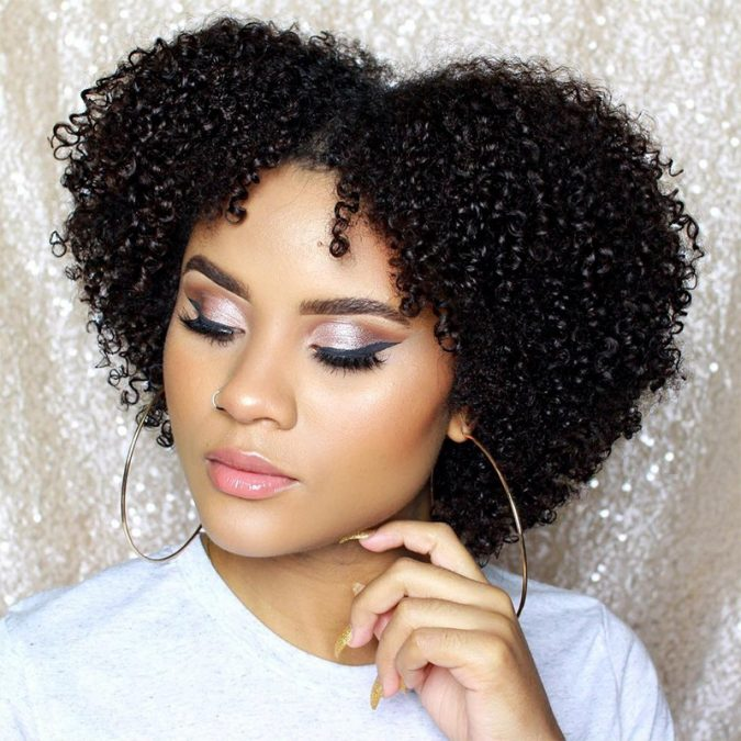 Prom-Makeup-For-Black-Girls-675x675 10 Most Creative Prom Makeup Ideas That Are Trending