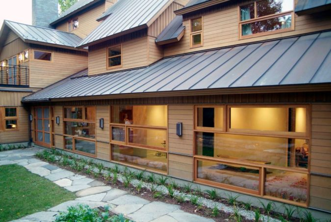 Rustic-House-with-a-Metal-Roof-675x452 4 Ways to Reinvigorate Your Curb Appeal