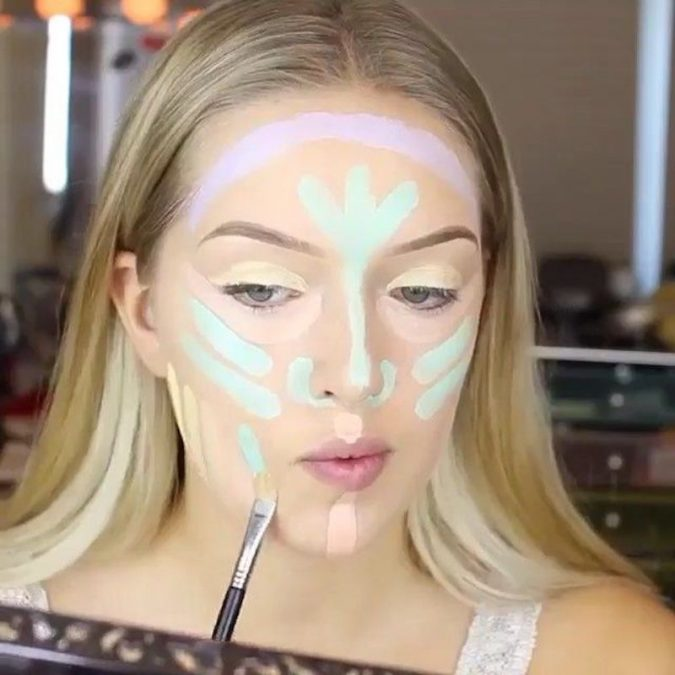applying-Green-Color-Corrector-makeup-675x675 10 Tips to Hide Acne with Makeup